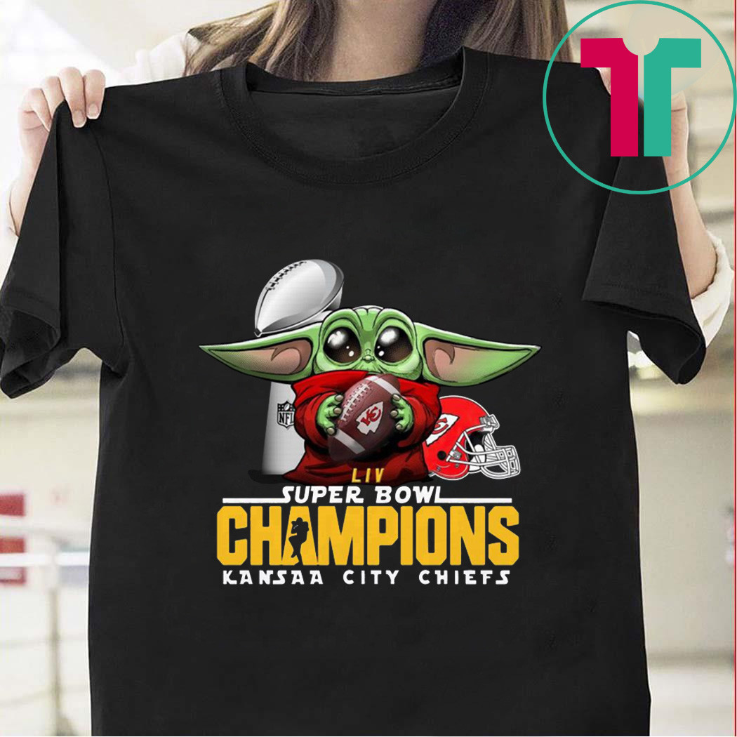 Baby Yoda Hug Kansas City Chiefs LIVE Super Bowl Champions Shirt