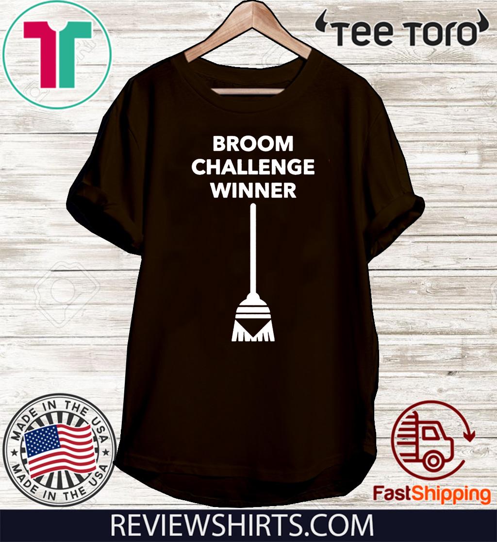 Broom Challenge Funny Meme #broomchallenge 2020 T-Shirt