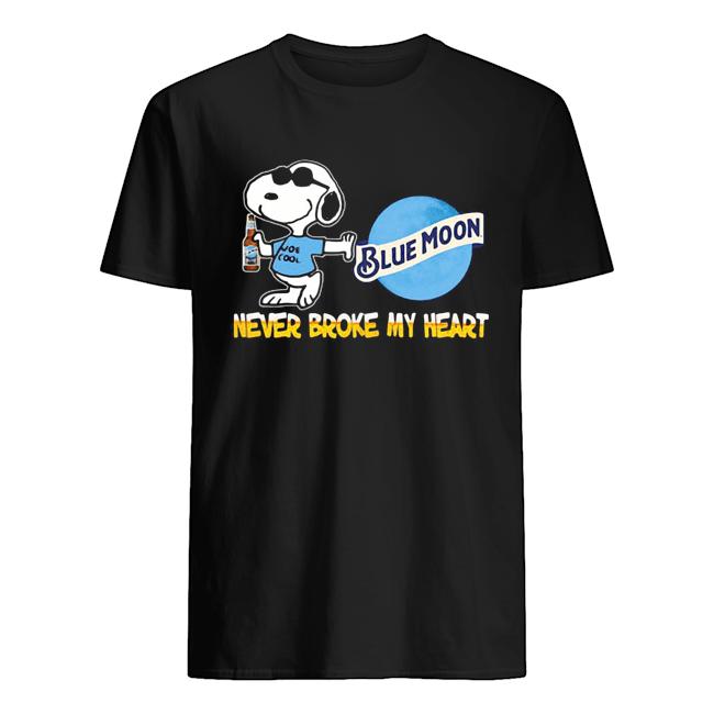 Snoopy blue moon beer never broke my heart  Classic Men's T-shirt
