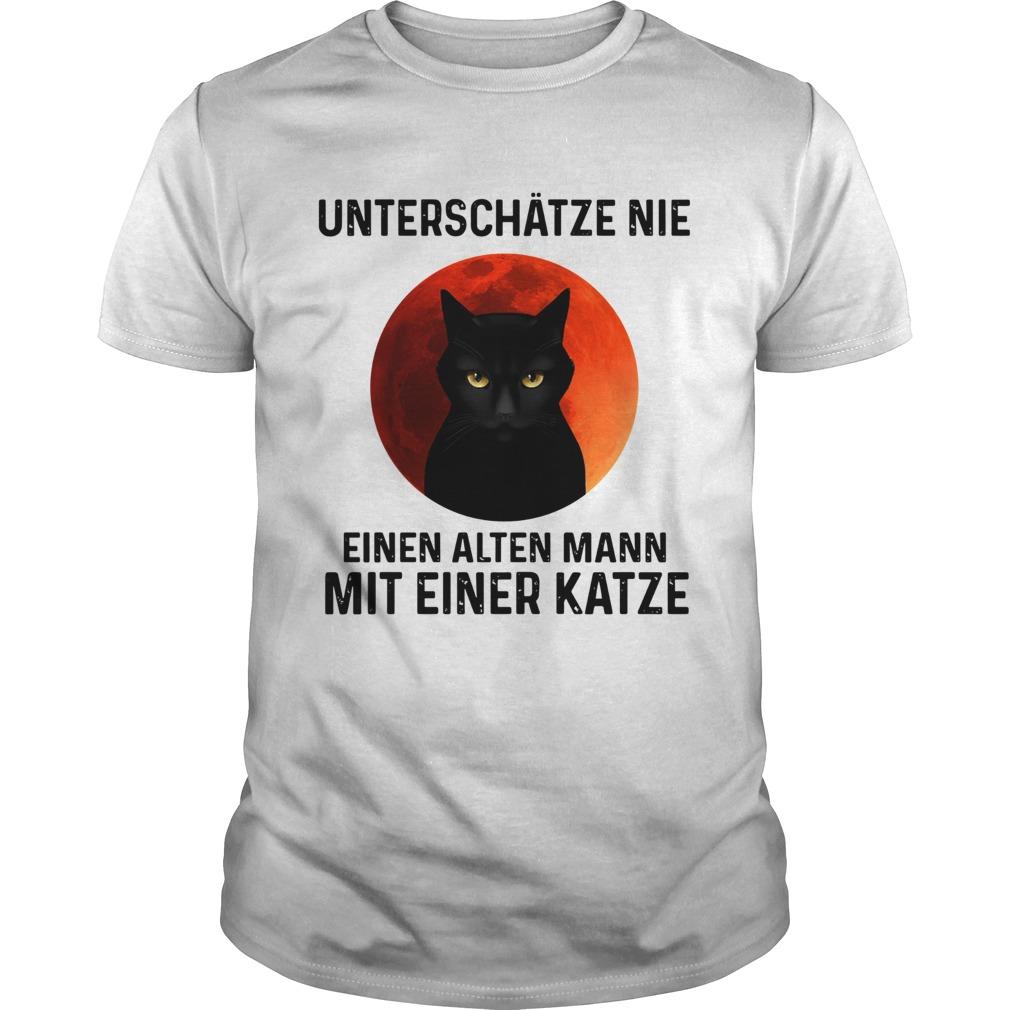 Black cat unterschatze nie einen alten mann mit einer katze  Unisex