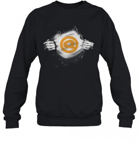Blood Insides The Golden Q T-Shirt Unisex Sweatshirt