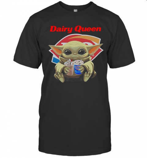Star Wars Baby Yoda Hug Dairy Queen Mandalorian T-Shirt Classic Men's T-shirt